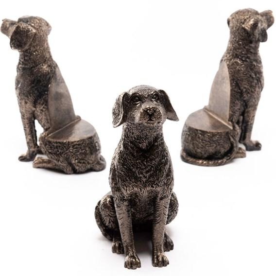 Labrador Pot Feet