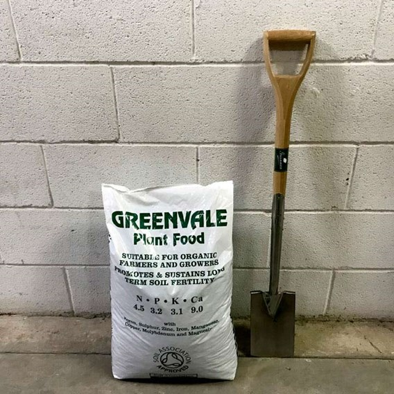 Greenvale Organic Pelleted Chicken Manure 25Kg